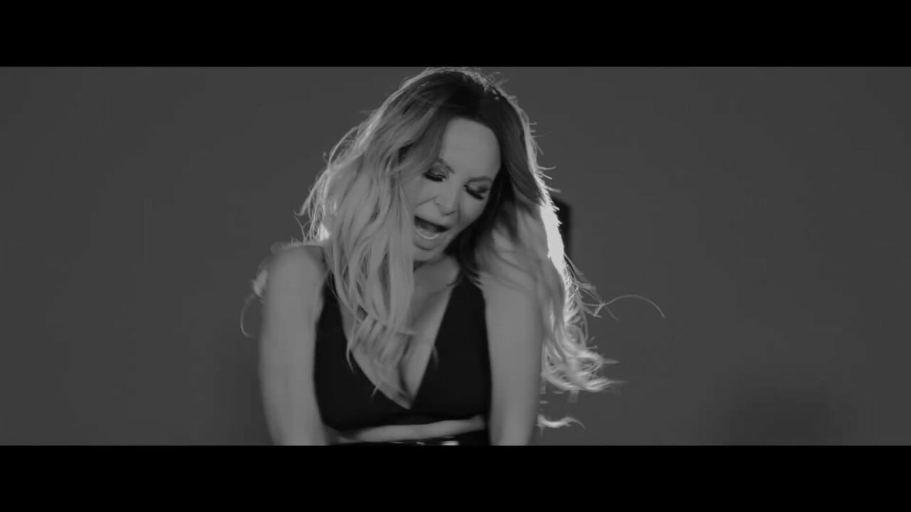 DANIELA GYORFI Sa Uiti Ca Te am Iubit VIDEO MUSIC Official 2020